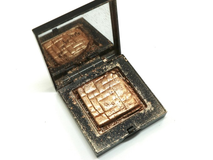 Bobbi Brown Bronze Glow Highlighting Powder Review, Swatches MBF Blog