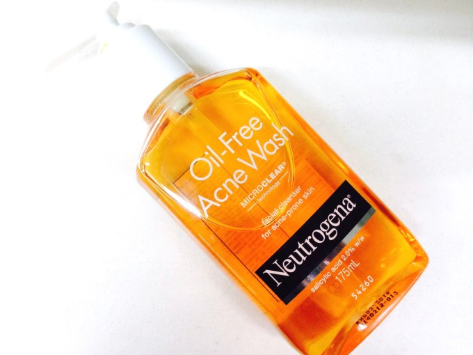Neutrogena Oil Free Acne Face Wash 2% Salicylic Acid Review