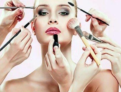 Corso make-up base