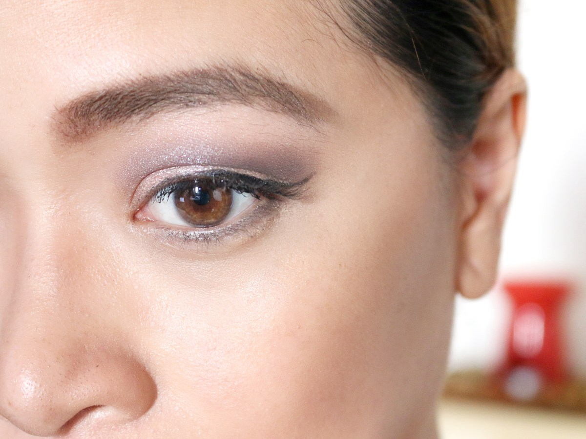 Dark Eyes Makeup How To Apply Natural Makeup For Brown Eyes 10 Steps