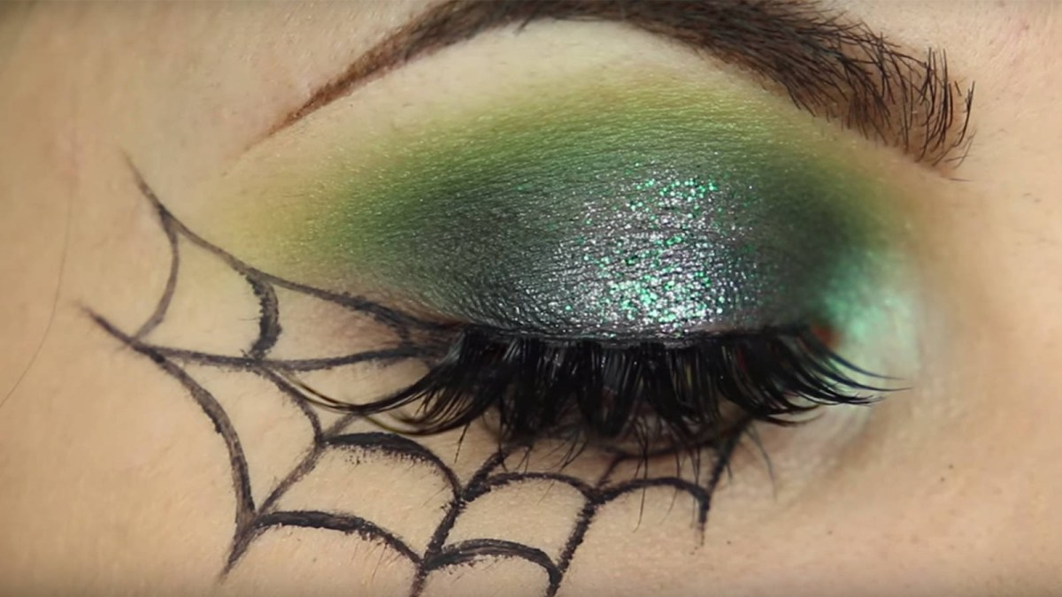 Halloween Eye Makeup 8 Easy Halloween Makeup Tutorials For The Cheap Lazy Galore