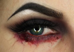 Halloween Eye Makeup Georgia Rose Devine Eyes On Fire Halloween Eye Makeup Halloween