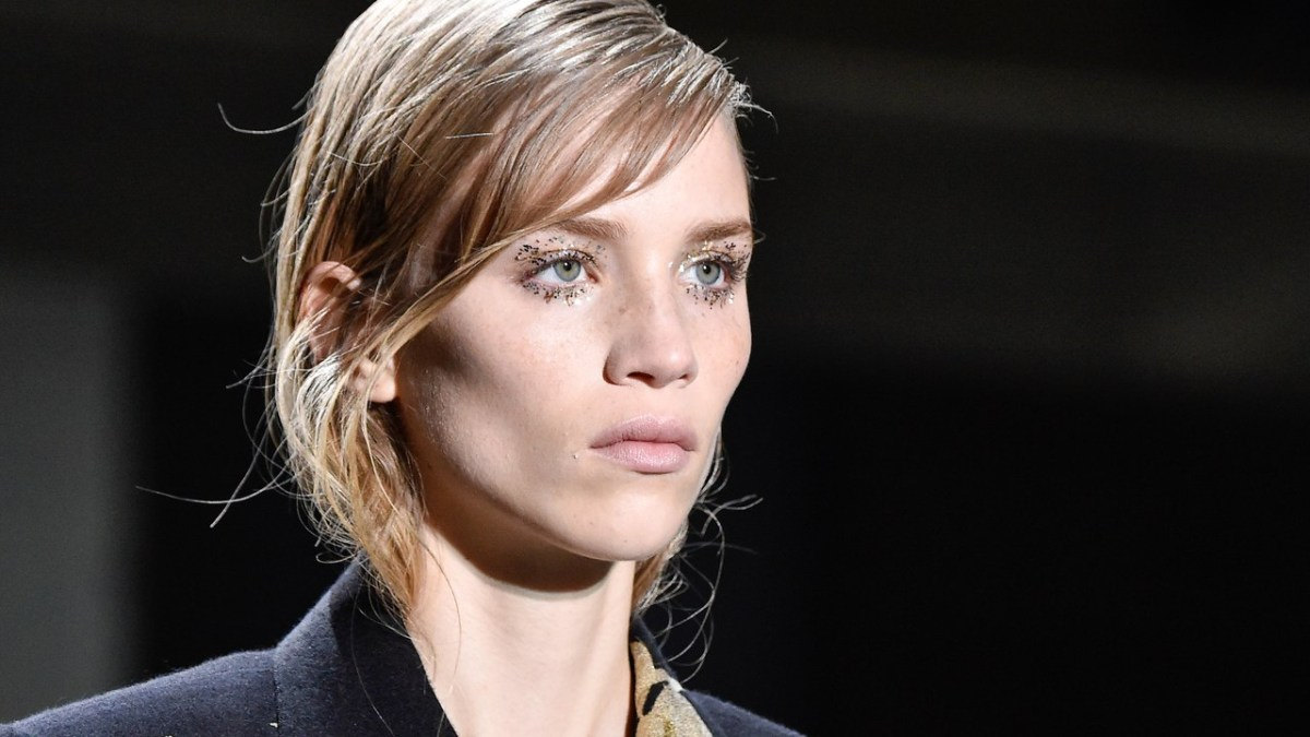 White Makeup Under Eyes Glitter Eye Makeup For Minimalists At Dries Van Noten Fall 2019 Allure