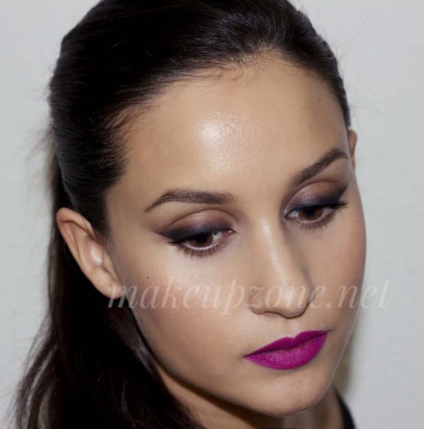 https://i2.wp.com/www.makeupzone.net/wp-content/uploads/retro-matte-flat-out-fabulous-look1.jpg?resize=618%2C625