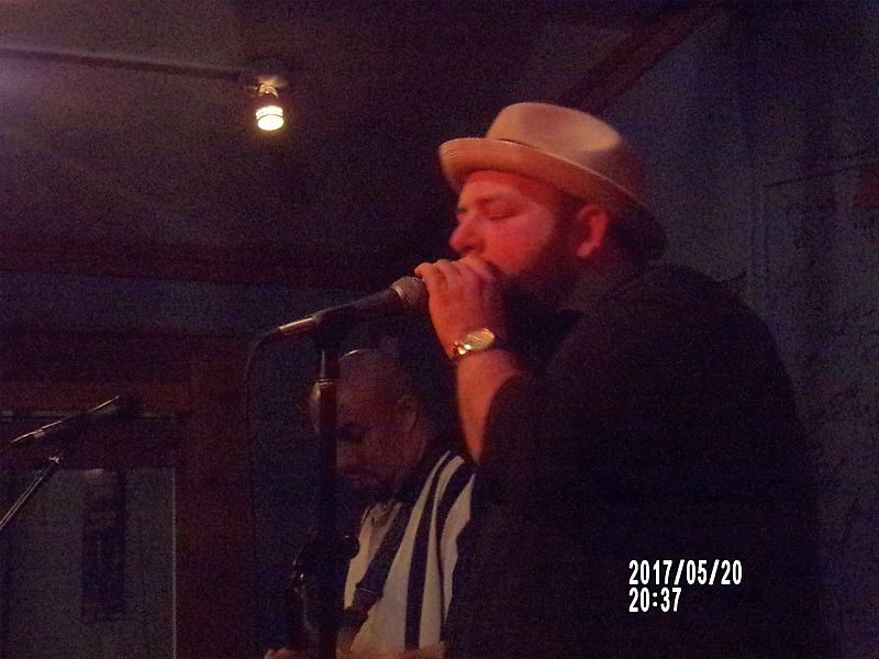 <a class=&quot;amazingslider-posttitle-link&quot; href=&quot;http://www.makingascene.org/brandon-santini-darwins-sandy-springs-ga-may-19-2017/&quot; target=&quot;_blank&quot;>Brandon Santini at Darwin&#39;s in Sandy Springs GA May 19, 2017</a>