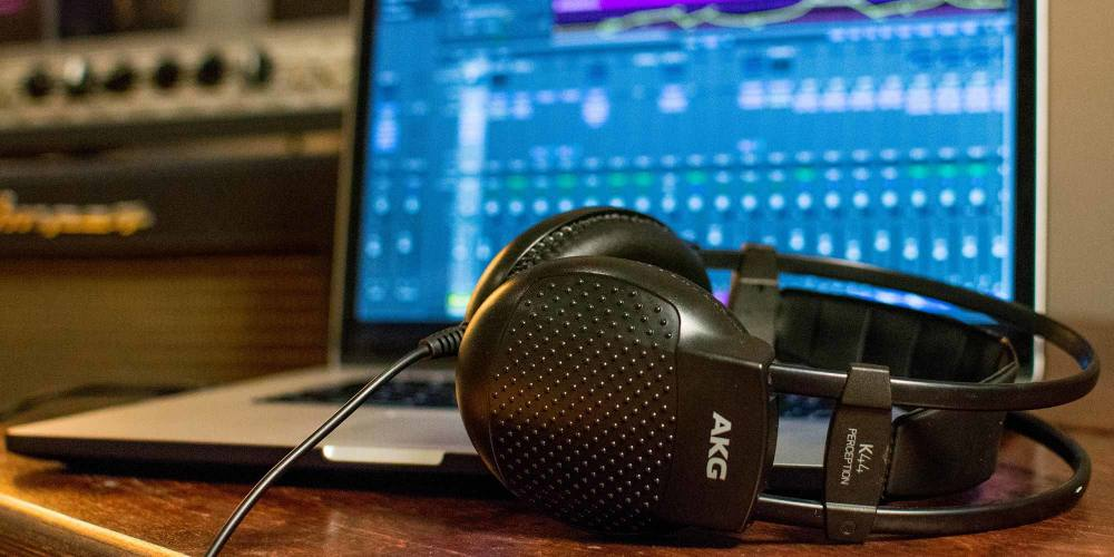 5 Steps to Mixing With Headphones