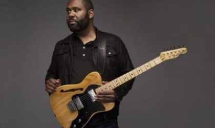 Kirk-Fletcher-with-Fender-by-Jonathan-Ellis