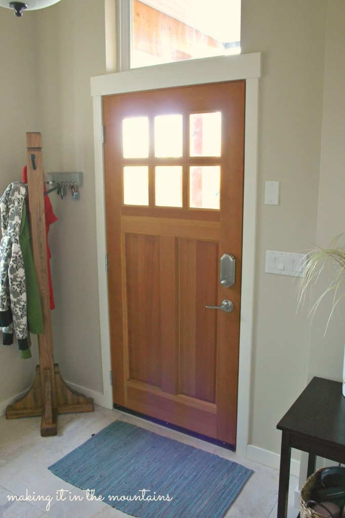 Front Door Makeover with Danish Oil :: making it in the mountains & The Easiest Way to Refresh your Craftsman Style Door - making it ... Pezcame.Com