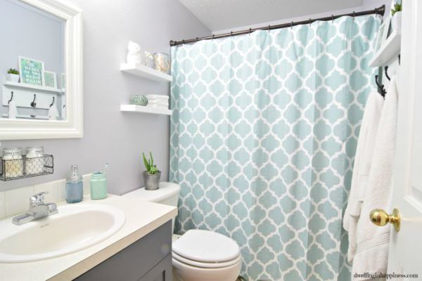Light and Bright Bathroom Makeover
