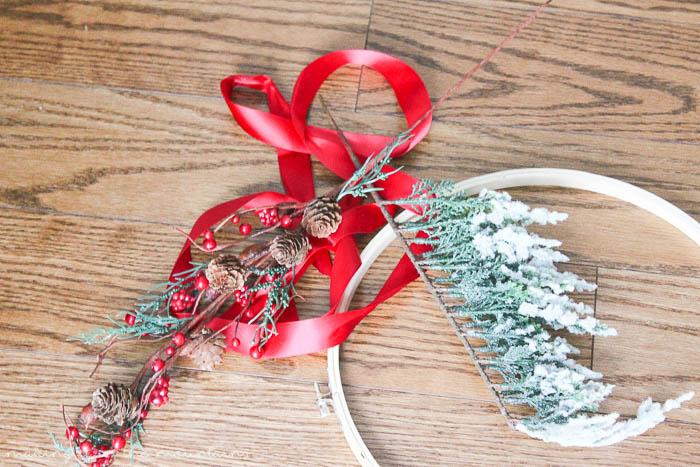 5 Minute Christmas Wreath