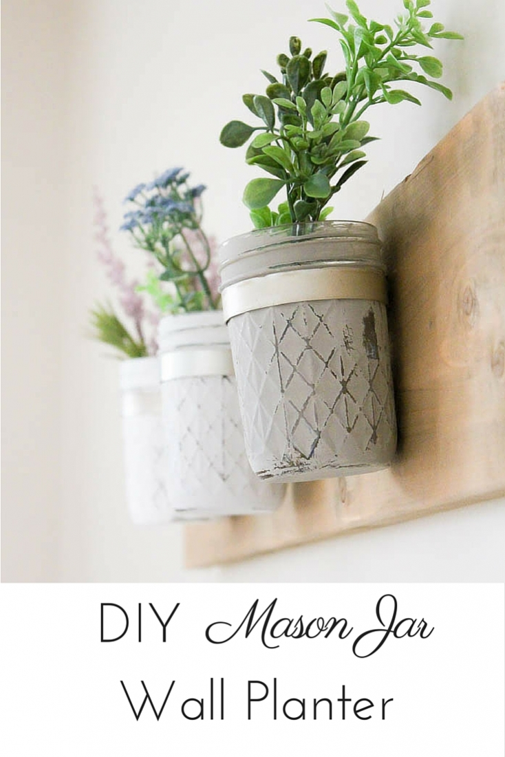 This DIY rustic farmhouse mason jar planter was so simple and inexpensive to whip up and there are so many ways to put it to work!