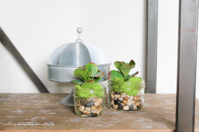 10 Minute Faux Mason Jar Succulent Planter | www.makingitinthemountains.com