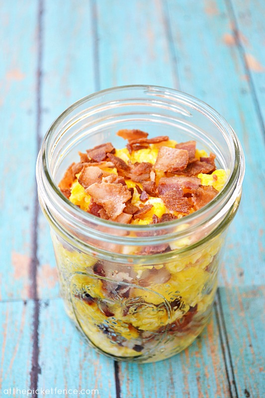Mason Jar Bacon & Eggs