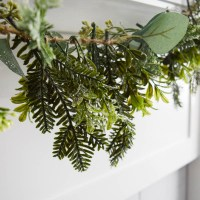 How to Make Your Own DIY Garland