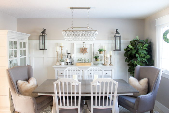 With just a few simple changes, see how we completely transformed our dated dining space to create a beautiful farmhouse style dining room in just one weekend!
