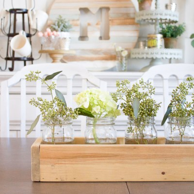 Farmhouse Home: 10+ Simple Ways to Welcome Spring in a Mason Jar