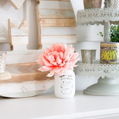 Farmhouse Home:  How to Paint and Distress Mason Jars