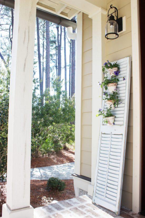 DIY Shutter Garden