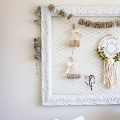 Farmhouse Home: DIY Chicken Wire Memo Board