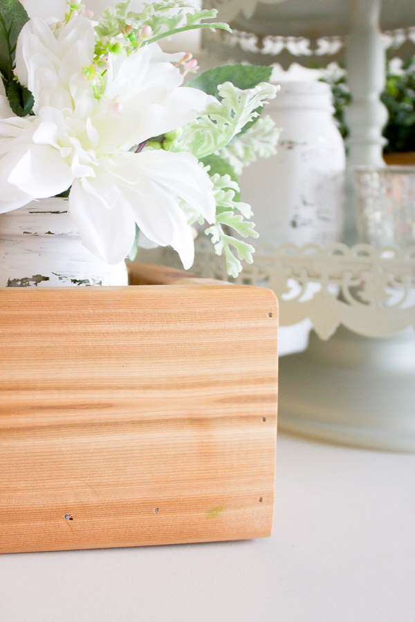 This DIY square planter box took just minutes to make and there are SO many ways put it work!