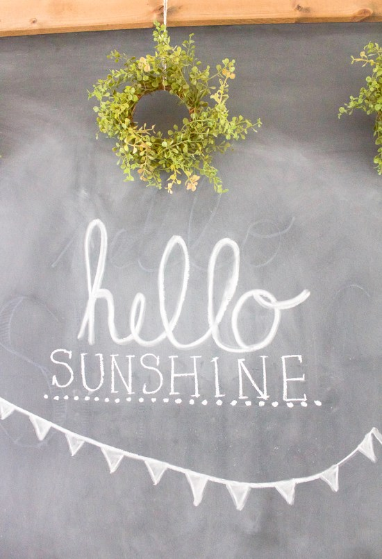 Summer Chalkboard Art | www.makingitinthemountains.com
