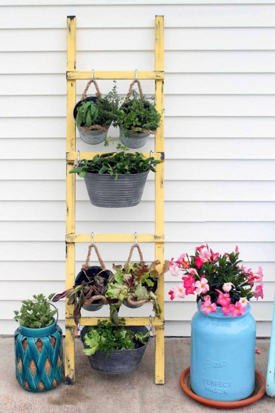 DIY Vertical Veggie Garden