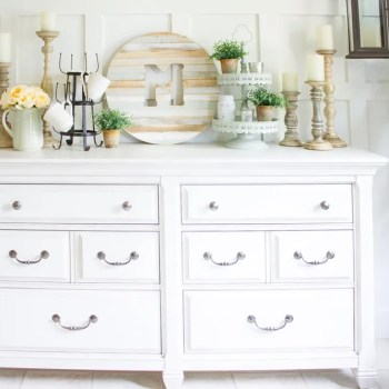 How to Style a Farmhouse Buffet