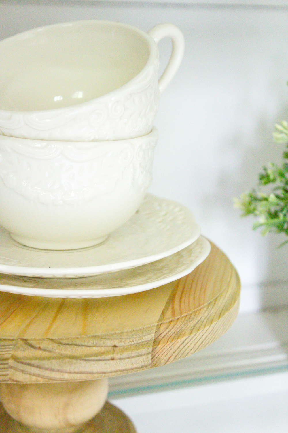 Simple ideas to help you style your china cabinet in farmhouse style... | www.makingitinthemountains.com