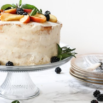 10 Tips to the Perfect Naked Cake