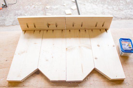 DIY Farmhouse Style Bench