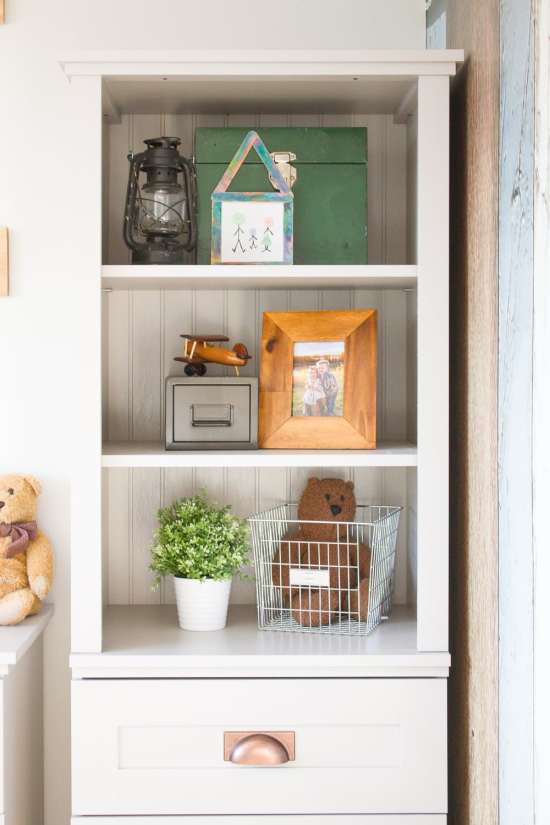 3 things I always consider when styling a shelf (arguably the trickiest part of decorating!)...