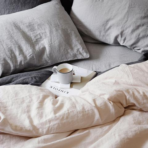 Bedroom styling | 6 tips to creating a sanctuary