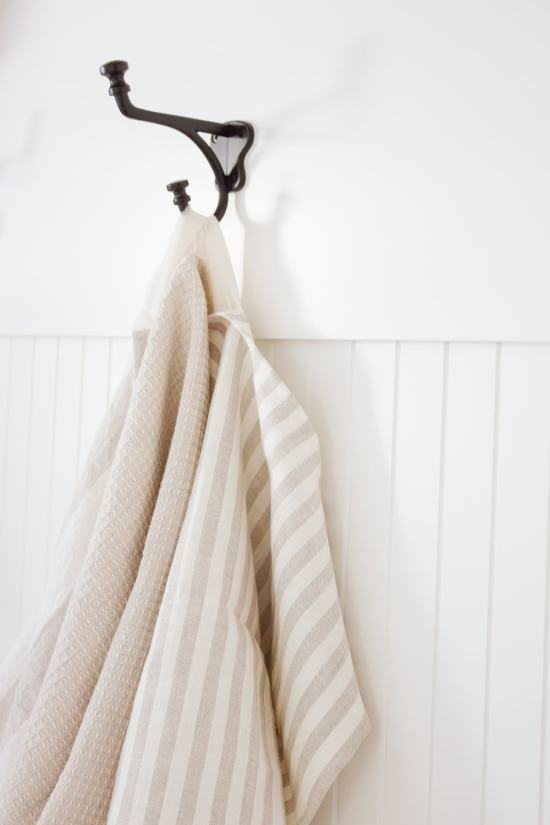 Farmhouse Style DIY Linen Dish Towel - making it in the