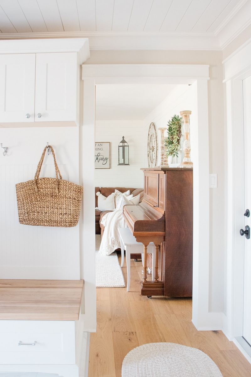 Simple Farmhouse Style Spring Home Tour