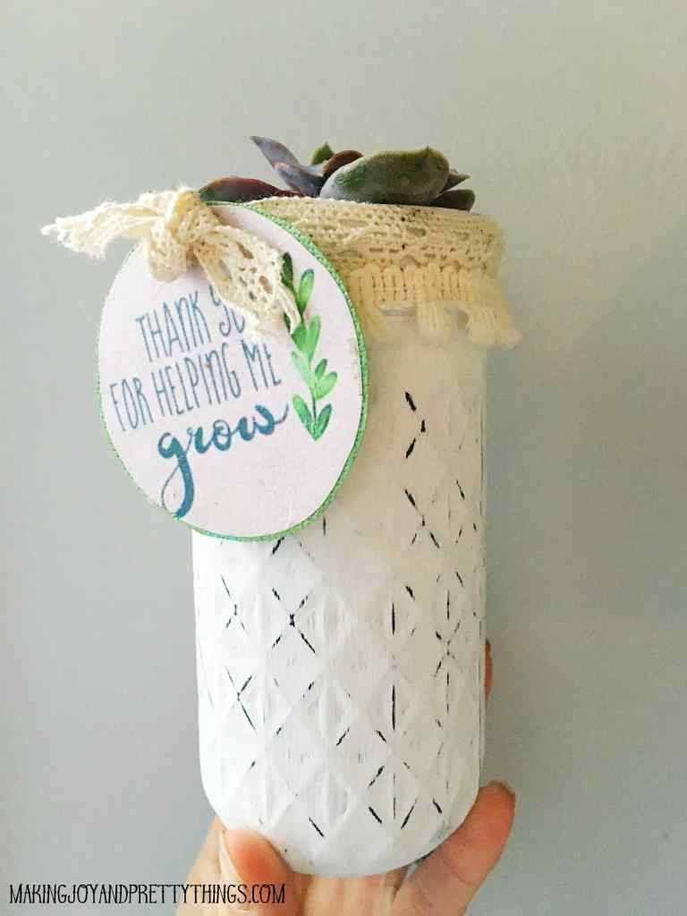 """DIY Teacher appreciation gift plus free printable """"thank you for helping me grow"""" labels. Easy DIY succulent gift for that special teacher!"""
