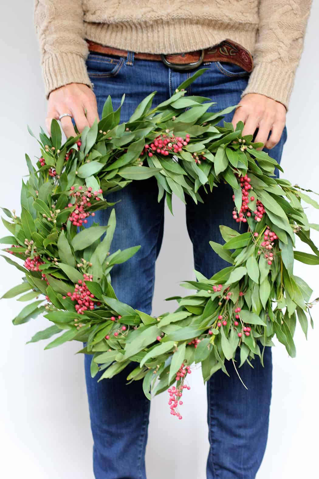 diy-wreath-hold-2