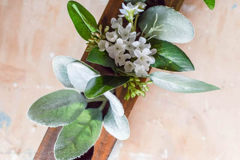 DIY Sugar Mold | Sugar Mold Ideas | Sugar Mold Centerpiece | Farmhouse Decor | DIY Home Decor | Farmhouse Style | Fixer Upper Style | DIY farmhouse style projects |