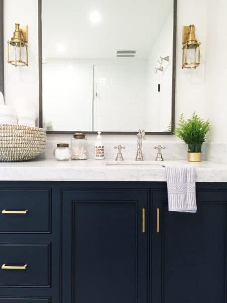 Mixing Metals In The Bathroom - Matte gold bathroom fixtures