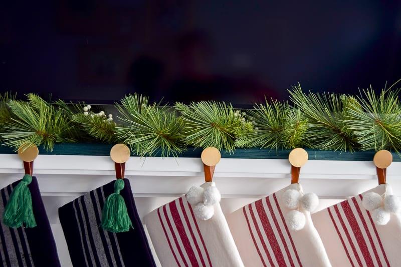 #diychristmas #christmas #diyhomedecor #diystockingholder #christmasdecorations | DIY Modern Christmas Stocking Holder | DIY Christmas decorations | stocking holders diy | stocking holders for mantel | Christmas mantel | Christmas mantle | modern farmhouse | diy Christmas home decor | diy mantel decor | minimalistic Christmas | modern Christmas