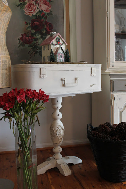 Old Suitcase Table Shabby Chic Suitcase Table Shabby Chic Table white Table