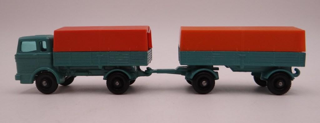 MB1c Mercedes Truck and MB2d Mercedes Trailer