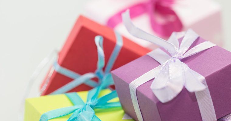 Gifts for Toddlers 1-3: 10 Popular Gifts Kids Want per Age