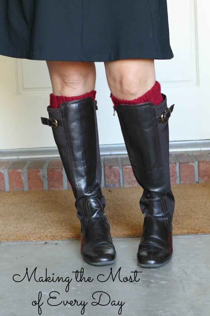 red cuffs