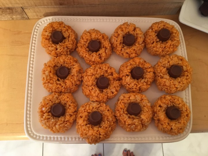 Pumpkin rice krispie treats
