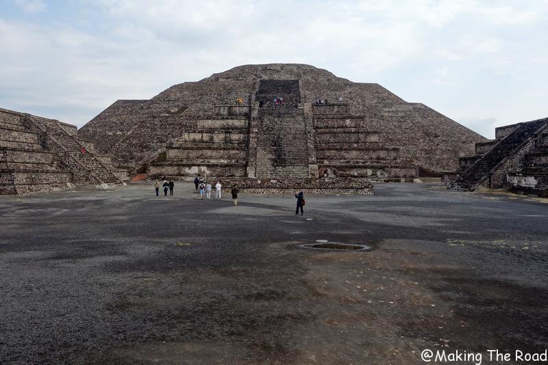 escale a Mexico pyramide lune