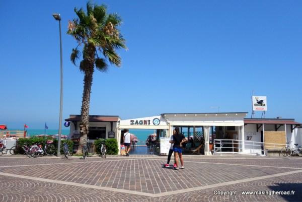 destination plage porto recanati italie