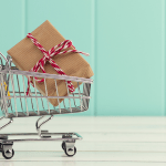 Actionable Tips to Keep Holiday Spending On Track (And Save 100's!)