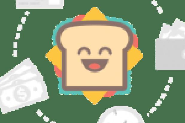 جانب من العرض العسكري للخريجين من هذا المعهد في تخرج سابق (3)