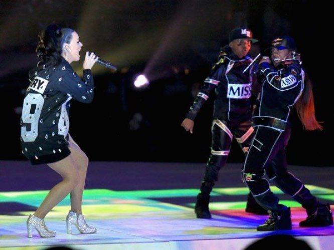 Katy-Perry-Super-Bowl-2015-10