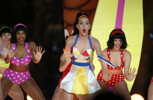 Katy-Perry-Super-Bowl-2015-2